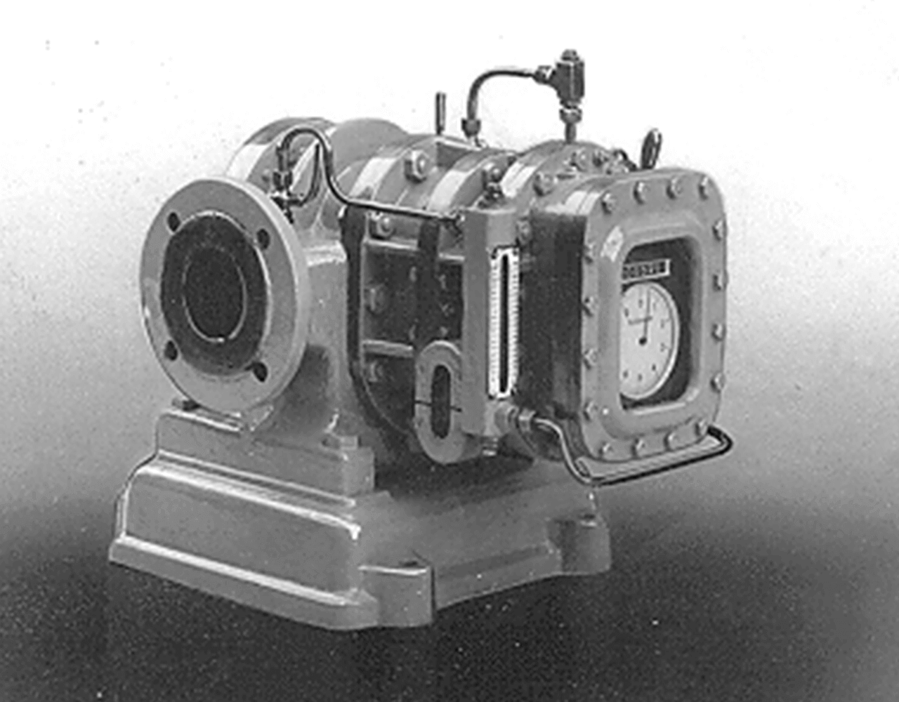 An old rotary piston gas meter - it was an decisive step on the path towards a special factory for positive displacement machines and thus out of the economic crisis
