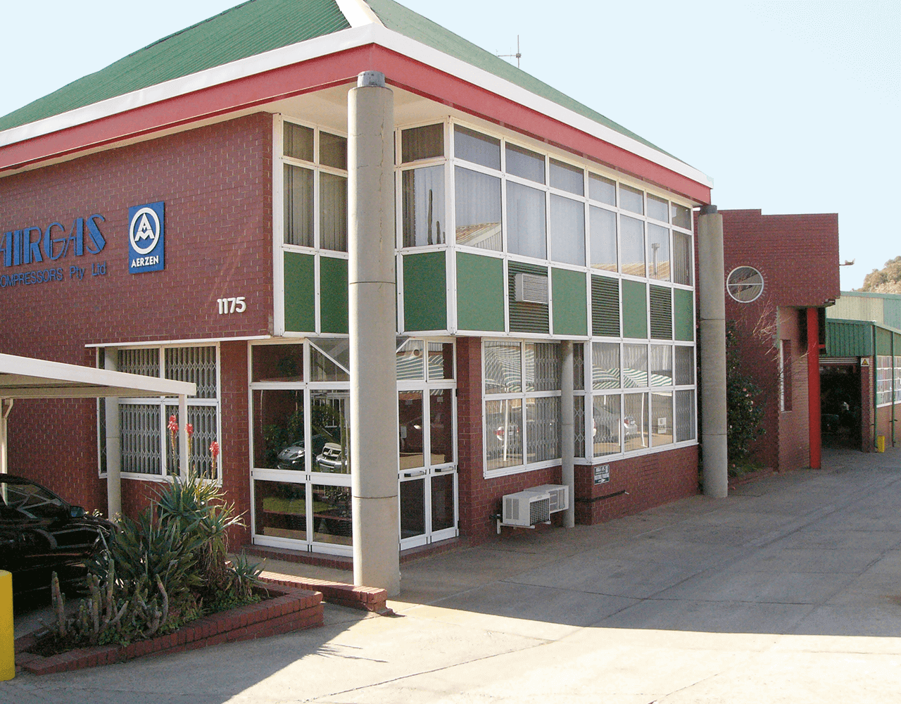 Picture of the building of the Airgas Compressor in South Africa